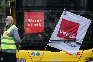 Hệ thống giao thông công cộng ở Đức gần như tê liệt do đình công