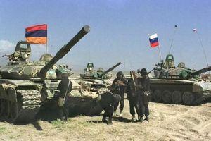 Gruzia, Azerbaijan và Thổ Nhĩ Kỳ bao vây hàng nghìn quân Nga ở Armenia