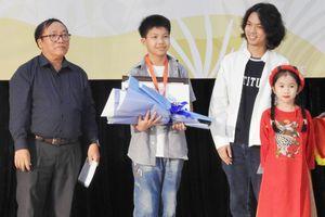 Giải thưởng thiếu nhi Dế Mèn khích lệ tài năng văn chương trẻ