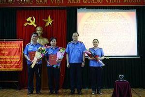 Công bố và trao quyết định bổ sung thành viên Ủy ban kiểm sát VKSND TP Đà Nẵng