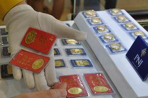 Doanh nghiệp tiếp tục tăng giá vàng bán ra