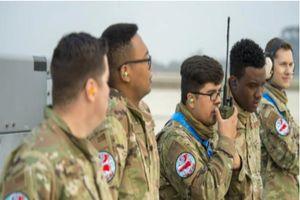 Lính Mỹ tập trận với quân phục in hình chiến cơ 'đè' bản đồ Trung Quốc: Thông điệp mạnh về biển Đông