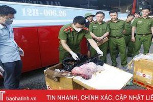Cảnh sát Môi trường Hà Tĩnh bắt giữ xe vận chuyển 250 kg sản phẩm động vật không rõ nguồn gốc xuất xứ