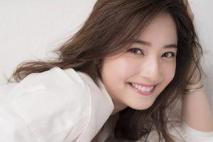 'Mỹ nhân đẹp nhất Nhật Bản' bị chồng 'cắm 182 cái sừng'