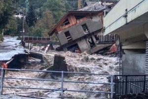 2 người chết và 9 người mất tích sau trận mưa lớn tấn công Pháp, Italia