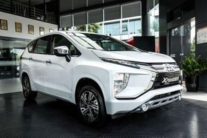XE HOT (4/10): Bảng giá xe Mitsubishi tháng 10, Honda ra mắt môtô siêu rẻ