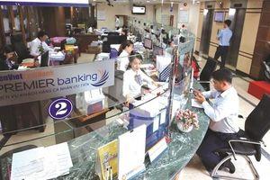 Sóng cổ phiếu ngân hàng: Nổi từ đâu?