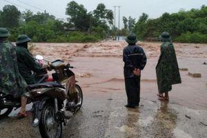 Mưa lớn khiến nhiều nơi ở huyện miền núi Quảng Trị bị chia cắt cục bộ