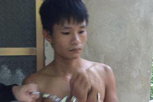 Thanh Hóa: Cảnh sát băng rừng truy bắt đối tượng mua bán ma túy
