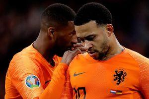 Hà Lan thua trận đầu tiên thời hậu Koeman