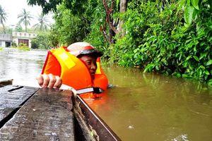 11 người chết và mất tích, hơn 10.000 dân phải sơ tán do mưa lũ tại miền Trung