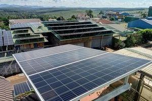 Lợi ích kép từ điện mặt trời mái nhà