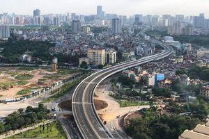 Dân nô nức đi xem Hà Nội thông xe cầu cạn Mai Dịch - Nam Thăng Long