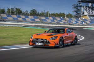 'Cực phẩm' Mercedes-AMG GT Black Series 2021 hơn 10 tỷ đồng