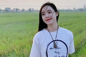 Quỳnh Kool đẹp dịu dàng giữa cánh đồng lúa