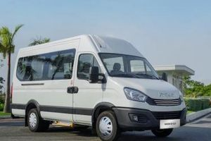 THACO xuất xưởng mini bus IVECO Daily