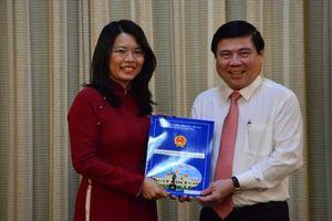 Trao quyết định bổ nhiệm Giám đốc Sở Du lịch TP HCM