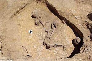 Khai quật ngôi mộ cổ 2.000 năm tuổi của 'nàng công chúa ngủ trong rừng'