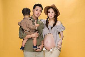 'Triệu Mẫn' An Dĩ Hiên đốn tim cư dân mạng với bộ ảnh khoe bụng bầu cuối thai kỳ