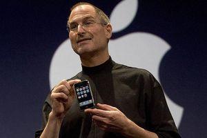 'Tiền thân' của iPhone 12 đã từng tệ hại như... cục gạch