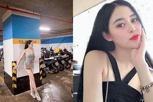 Nữ tiếp viên Bamboo Airways ngoài đời ăn mặc gợi cảm hết nấc