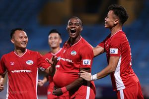 Viettel vươn lên dẫn đầu V-League 2020 nhờ thắng kịch tính TP.HCM