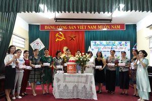 Công đoàn Trường Tiểu học thị trấn Phú Xuyên: Chú trọng chăm lo cho cán bộ giáo viên