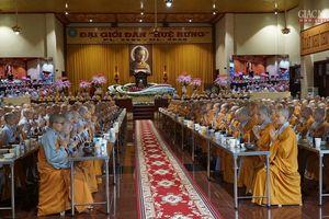 Trang nghiêm nghi thức quá đường tại chùa Thanh Tâm