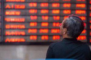 Cổ phiếu 'ông lớn' bất động sản Trung Quốc Evergrande 'bay hơi' 15%