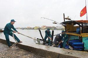 Điểm tựa của ngư dân vươn khơi