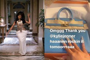 Kylie Jenner chơi lớn tặng cho rapper thị phi Cardi B quả túi 'đắt xắt ra miếng' hơn 500 triệu đồng