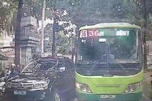 Vụ xe buýt ngạo nghễ lấn làn giữa trung tâm TP.HCM: Tạm đình chỉ tài xế