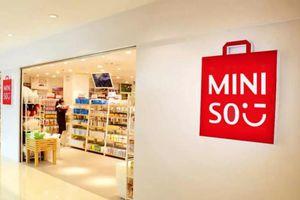 Ông chủ Miniso thành tỷ phú bán lẻ