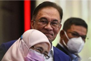 Thủ lĩnh đối lập Malaysia bị thẩm vấn vì nghi lật đổ chính phủ