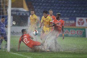 'Nghịch mưa' cũng cần phải có bản lĩnh