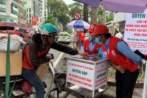 Hội Chữ thập đỏ TPHCM vận động quyên góp, hỗ trợ đồng bào miền Trung