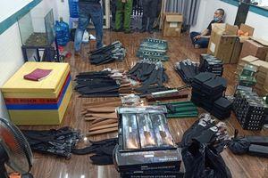 Phát hiện kho vũ khí, công cụ hỗ trợ ở vùng ven TPHCM