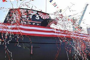 Nhật Bản giới thiệu tàu ngầm khủng mang tên Cá Voi Lớn