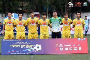Thương hiệu Keep & Fly tài trợ cho CLB bóng đá 'phủi' Lam Hồng