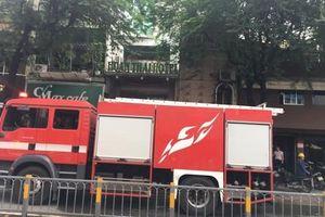 Hàn xì gây cháy khách sạn nhiều tầng ở Sài Gòn