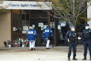 Cảnh sát Pháp bắt giữ 9 người sau vụ tấn công khủng bố ở ngoại ô Paris
