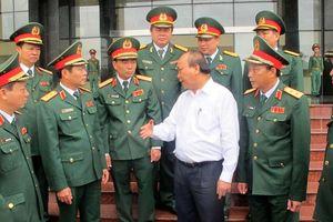 Thủ tướng Nguyễn Xuân Phúc thăm, làm việc với Bộ Tư lệnh Quân khu 4