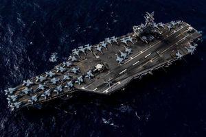 Tàu sân bay hạt nhân USS Ronald Reagan diễn tập ở Biển Đông