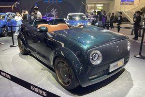 ORA Black Cat Speedster, xe điện 'bay' cả nóc và kính chắn gió