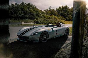 SIêu xe Ferrari Monza không mui, độ hầm hố nhờ Novitec