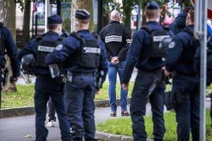 Pháp bắt giữ 4 người sau vụ tấn công khủng bố ở Paris