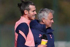 Mourinho tuyên bố nóng Bale, sao MU lên tiếng Cavani