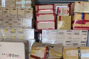 Lô hàng mỹ phẩm, quà biếu… khủng nhập lậu từ Hàn Quốc