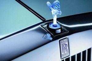 Rolls-Royce bị cấm sử dụng biểu tượng 'thiếu phụ bay' do ô nhiễm ánh sáng