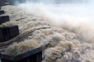 Nhà máy Thủy điện Chi Khê xả lũ trong đêm